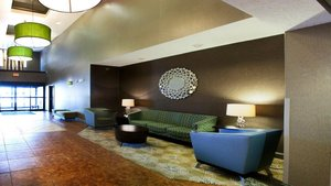 Lobby - Holiday Inn Express Hotel & Suites Brandon
