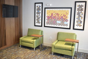 Lobby - Holiday Inn Express Hotel & Suites Randolph