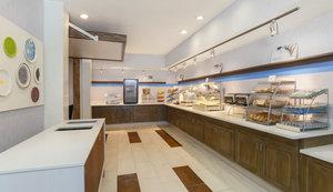 Restaurant - Holiday Inn Express Airport West Las Vegas