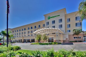 Exterior view - Holiday Inn Hotel & Suites North Bakersfield