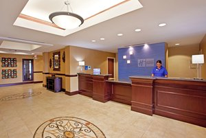 Lobby - Holiday Inn Express Hotel & Suites Franklin