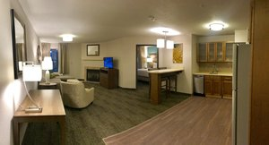 Room - Staybridge Suites Columbia
