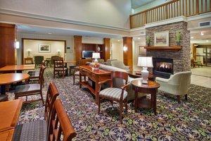 Lobby - Staybridge Suites Airport Savannah
