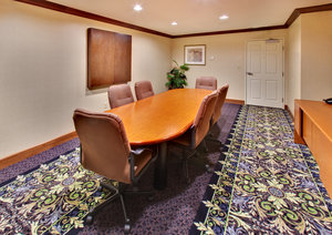Meeting Facilities - Staybridge Suites Davenport