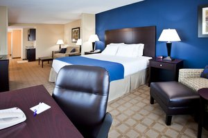 Suite - Holiday Inn Express Hotel & Suites Fort Pierce