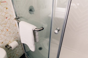 - Holiday Inn Hotel & Suites Mesa