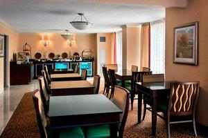 Bar - Marriott Hotel Saddle Brook