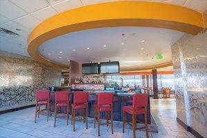 Bar - Crowne Plaza Hotel Dayton