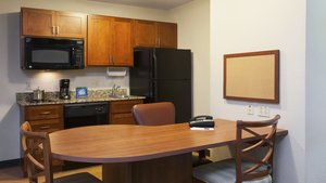 - Candlewood Suites West Reading