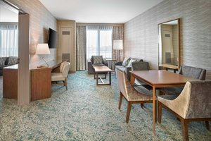 Suite - Westin Hotel Calgary Airport