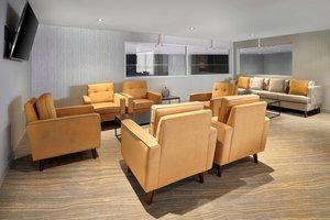 Bar - Westin Hotel Calgary Airport