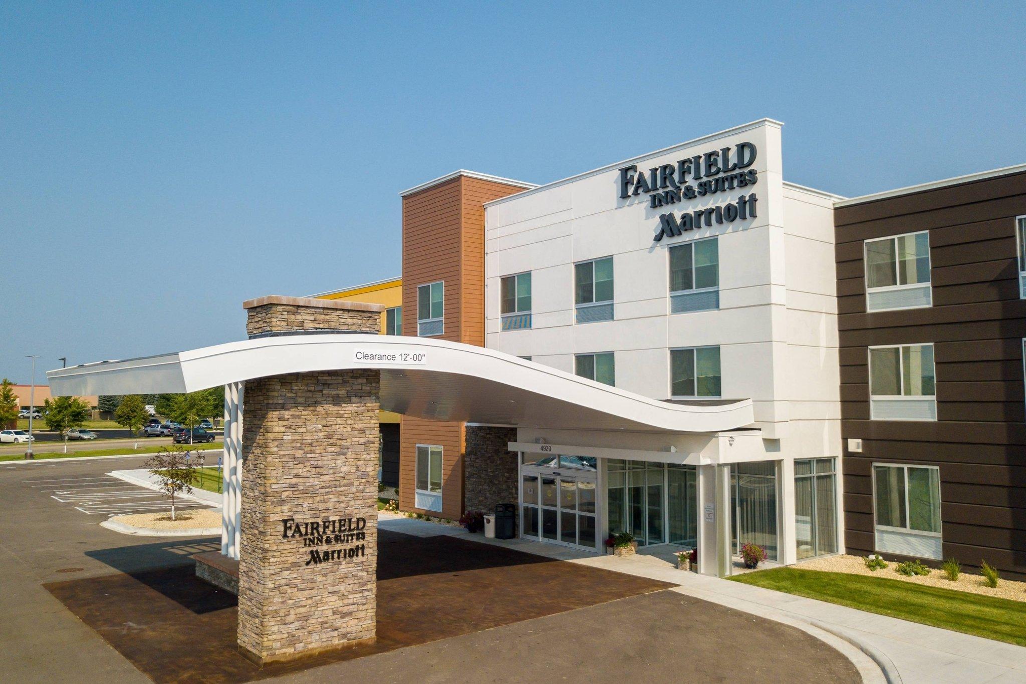 Fairfield Inn and Suites by Marriott Alexandria