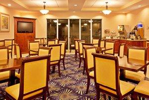 Restaurant - Holiday Inn Express Hotel & Suites I-75 Brooksville