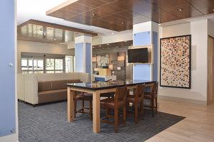 Lobby - Holiday Inn Express Hotel & Suites Lake Nona Orlando