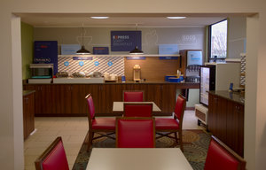 Restaurant - Holiday Inn Express Anderson