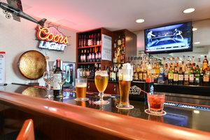 Bar - Holiday Inn JFK Airport Rosedale Queens