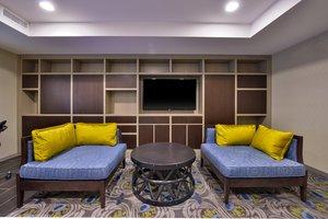 Lobby - Holiday Inn JFK Airport Rosedale Queens