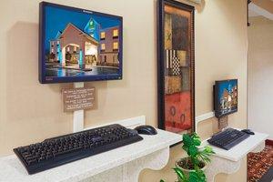 proam - Holiday Inn Express Hotel & Suites Frackville