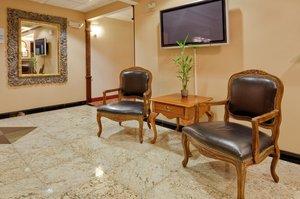 Lobby - Holiday Inn Express Hotel & Suites Frackville