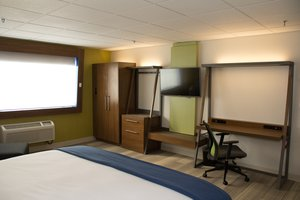 Suite - Holiday Inn Express Downtown Salt Lake City