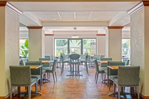 Restaurant - Holiday Inn Express Hotel & Suites Dunedin