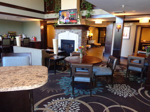 Lobby - Staybridge Suites Colorado Springs