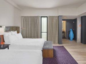 Room - 21c Museum Hotel Downtown Nashville