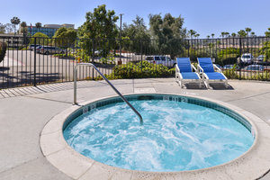 Pool - Candlewood Suites North San Diego
