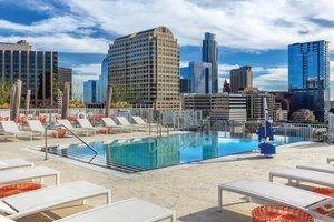 Pool - Wyndham Hotel Downtown Austin