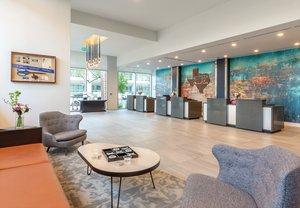 Lobby - Wyndham Hotel Downtown Austin