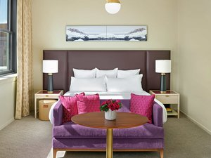Suite - 21c Museum Hotel Kansas City