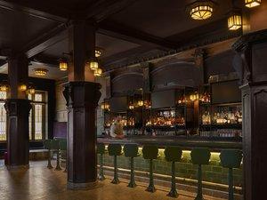 Bar - 21c Museum Hotel Kansas City