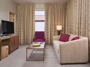 Room - 21c Museum Hotel Kansas City