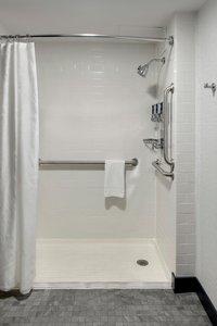 Room - Four Points by Sheraton Hotel Northeast Philadelphia