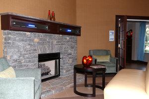 Lobby - Holiday Inn Express Nicholasville