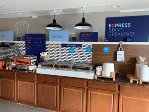Restaurant - Holiday Inn Express Nicholasville