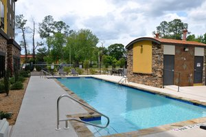 Pool - Holiday Inn Express Perry