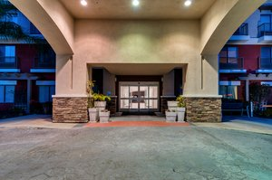 Exterior view - Holiday Inn Express Hotel & Suites Lake Elsinore