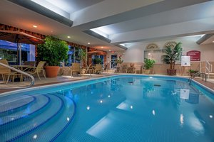 Pool - Holiday Inn Express Hotel & Suites Niles