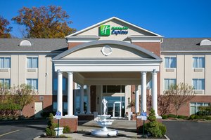 Exterior view - Holiday Inn Express Hotel & Suites Niles