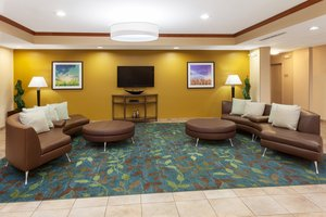 Lobby - Candlewood Suites Aurora