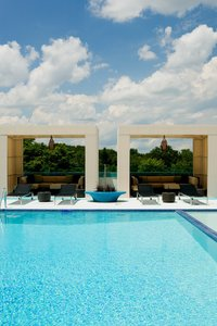 Exterior view - Hotel Indigo Riverside Newton