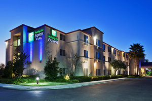Exterior view - Holiday Inn Express Hotel & Suites Tracy