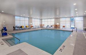 Pool - Holiday Inn Capitol University Tallahassee