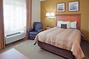 Room - Candlewood Suites League City
