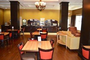 Restaurant - Holiday Inn Express Hotel & Suites Smithfield