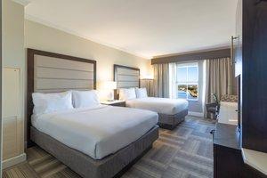 Room - Holiday Inn Express Historic District Savannah