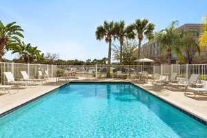 Pool - Staybridge Suites Sabal Park Tampa