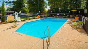 Pool - Holiday Inn Express Hotel & Suites Kinston