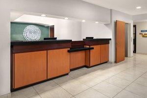 Lobby - Fairfield Inn by Marriott Airport Denver